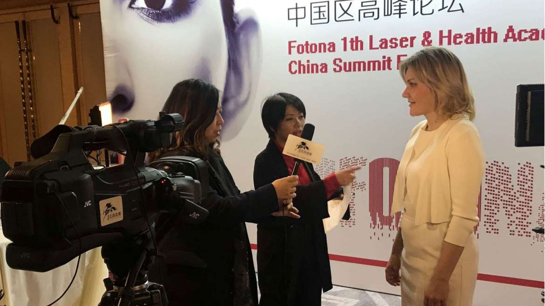 Dr. Vesna Tlaker na simpoziju Laser & Health Academy v Pekingu